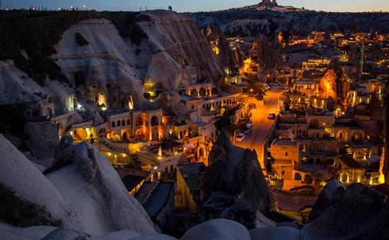 Những kiến trúc đẹp nhất thế giới nằm dưới lòng đất
