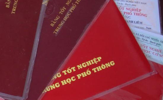 Phát hiện 50 giáo viên trường lái xe dùng bằng giả tại Đăk Lăk