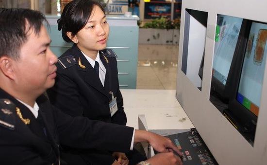 Hàng nghìn sản phẩm do tiếp viên hàng không mang về có dấu hiệu trốn thuế