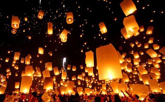 Thái Lan hủy nhiều chuyến bay trong dịp lễ hội đèn lồng