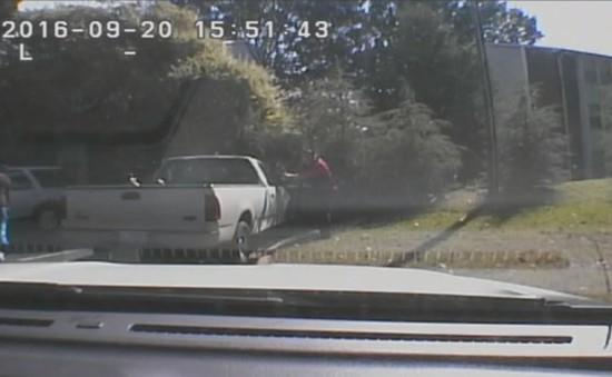 Cảnh sát Mỹ sẽ công bố đoạn video nổ súng bắn chết người da màu