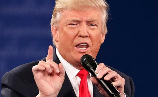 Donald Trump: Không ai tôn trọng phụ nữ hơn tôi!