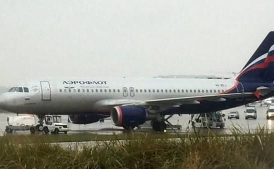 Sơ tán khẩn cấp do cảnh báo bom trên máy bay tại Thụy Sĩ