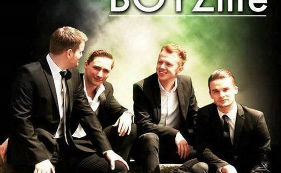 """Boyzone và Westlife tái hợp trong """"siêu nhóm"""" Boyzlife"""