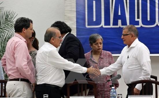 Colombia đạt thỏa thuận ngừng bắn sau 50 năm nội chiến