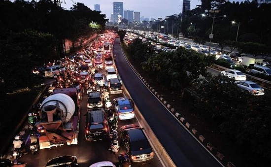 Indonesia: Áp dụng biển số chẵn - lẻ để tránh tắc đường