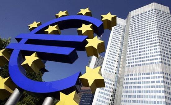 EU hạ dự báo tăng trưởng của Eurozone