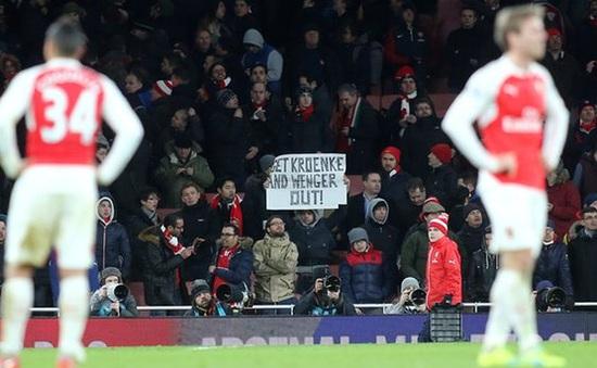 Arsenal bị huyền thoại Man Utd sỉ vả không tiếc lời