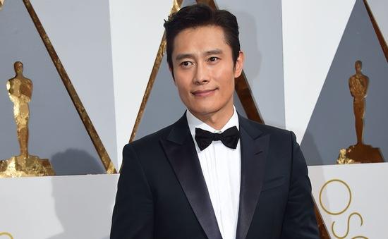 Lee Byung Hun choáng ngợp với lễ trao giải Oscar 2016