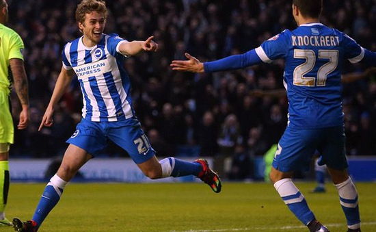 Man Utd khủng hoảng tiền đạo, sao trẻ James Wilson vẫn không có cơ hội