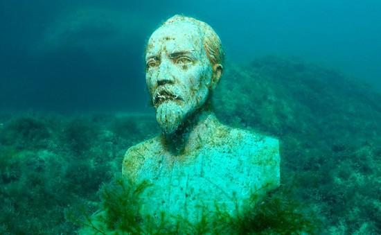 Độc, lạ bảo tàng điêu khắc… dưới đáy biển