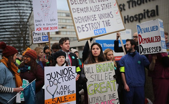 Ngành Y tế Anh đối mặt với làn sóng đình công lớn chưa từng có