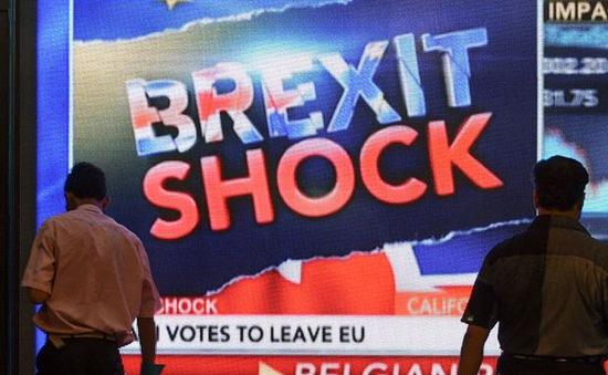 Nhiều ngôi sao bóng đá Anh sốc với kết quả Brexit