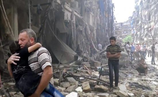 Cuối tuần đẫm máu ở Aleppo: 200 cuộc không kích, 85 người chết
