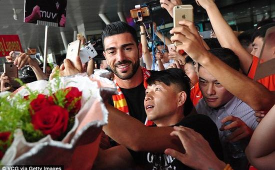 Sang Trung Quốc, Pelle trở thành cầu thủ được trả lương cao thứ 5 thế giới