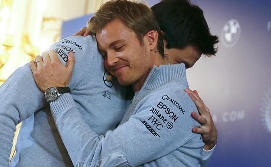 5 ngày sau vinh quang, Nico Rosberg gây sốc với quyết định GIẢI NGHỆ!