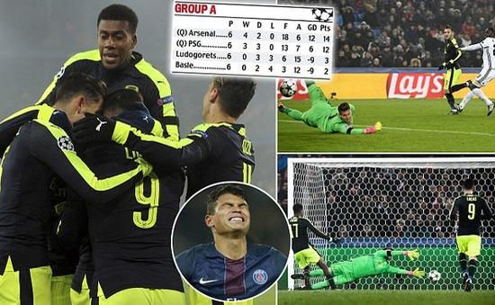Lucas Perez lập hat-trick, Arsenal vượt mặt PSG giành ngôi đầu