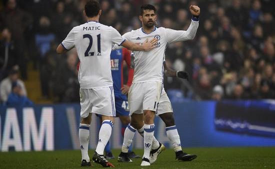 """Crystal Palace 0-1 Chelsea: The Blues """"cô đơn"""" trên đỉnh với cách biệt 9 điểm"""