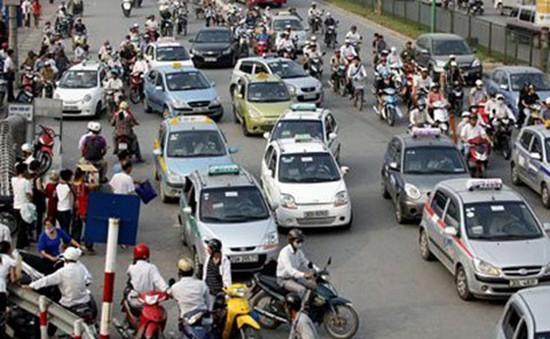 Hà Nội kiểm soát taxi ngoại tỉnh