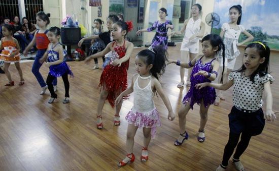 Tác dụng tuyệt vời của khiêu vũ thể thao với lứa tuổi học trò