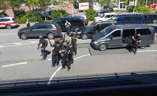 Cảnh sát Đức bắn hạ kẻ xả súng tại rạp chiếu phim