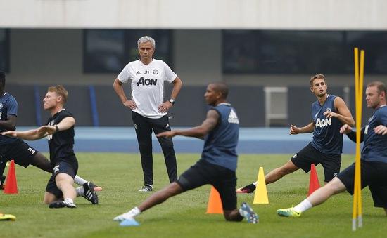 Mourinho đích thân ra mặt, kêu gọi sao trẻ người Bỉ về Man Utd