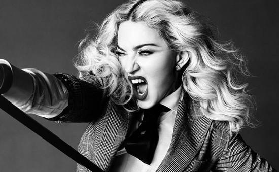 """""""Đút túi"""" gần 1 tỷ USD, Madonna là ngôi sao giàu có nhất thế giới"""