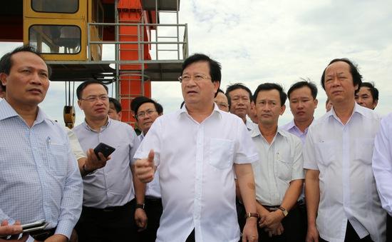PTTg Trịnh Đình Dũng thị sát hoạt động của thủy điện An Khê - Kanak
