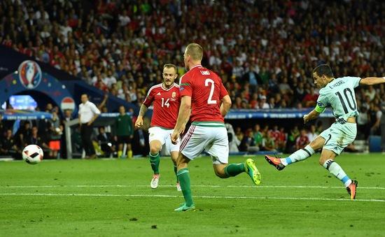 EURO 2016: Hazard lập siêu phẩm solo, hẹn tranh tài với G.Bale ở tứ kết