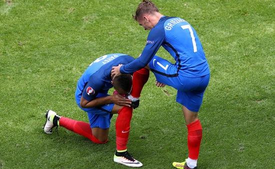 VIDEO EURO 2016: Giroud kiến tạo, Griezmann lập cú đúp (Pháp 2-1 CH Ireland)
