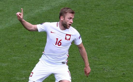 VIDEO EURO 2016: Blaszczykowski ghi bàn đưa Ba Lan dẫn trước Thụy Sĩ