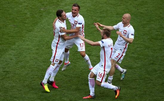 EURO 2016, Thụy Sĩ 1-1 Ba Lan (pen 4-5): Thắng lợi kịch tính