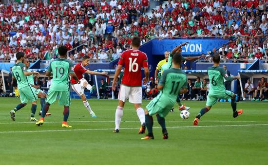 VIDEO EURO 2016: Bàn thắng ấn tượng giúp Hungary bất ngờ dẫn trước Bồ Đào Nha của Ronaldo