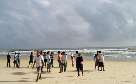 Quảng Nam: Lật thuyền thúng, 1 ngư dân mất tích trên biển