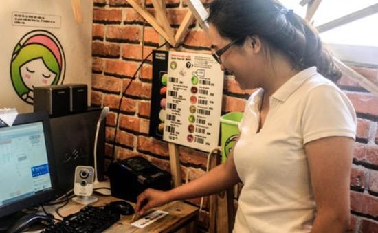 """Café Sáng với VTV3: Trải nghiệm cửa hàng """"tự phục vụ - tự trả tiền"""" đầu tiên ở Hà Nội"""