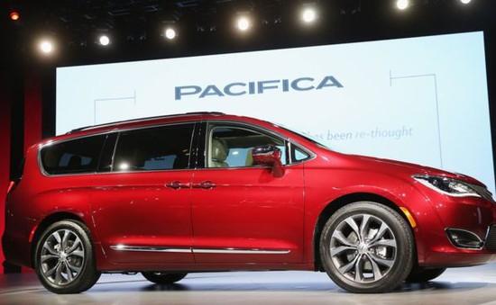 Google hợp tác với Fiat Chrysler phát triển xe tự hành