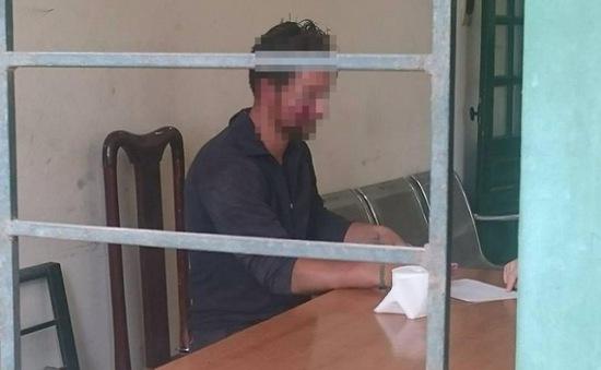 Người nước ngoài tấn công người đi đường, cướp xe giữa Hà Nội