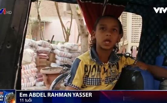 Tuổi thơ bị đánh cắp của những em bé tại Ai Cập