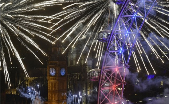 Bất chấp lo ngại an ninh, người dân châu Âu lạc quan đón năm mới