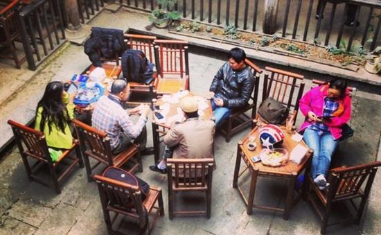 Đến Đồng Văn thưởng thức cà phê phố cổ
