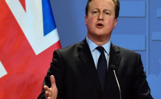 Anh chi 2 triệu Bảng cải thiện tiếng Anh cho phụ nữ nhập cư