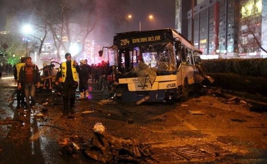 """Thổ Nhĩ Kỳ: Chính sách đối ngoại """"mở cửa"""" cho tấn công khủng bố?"""