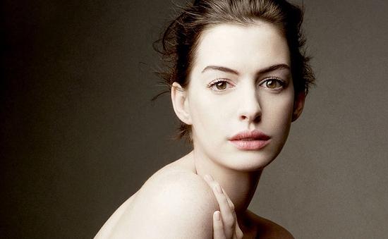 Anne Hathaway thích thú với vai trò mới