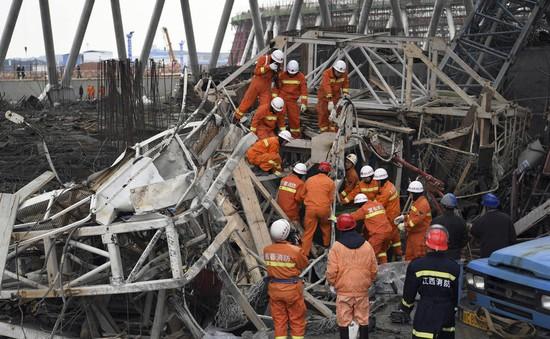 Trung Quốc: Nạn nhân thiệt mạng vụ sập công trình xây dựng tăng chóng mặt