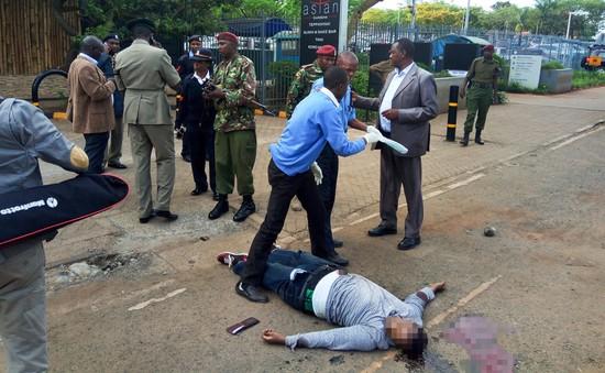 Nổ súng bên ngoài Đại sứ quán Mỹ tại Kenya