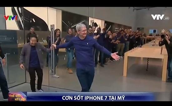 """iPhone 7 và iPhone 7 Plus vẫn """"gây sốt"""" tại Mỹ"""
