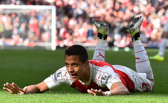 Emirates Cup bị hủy, Arsenal coi như trắng tay trong năm 2016