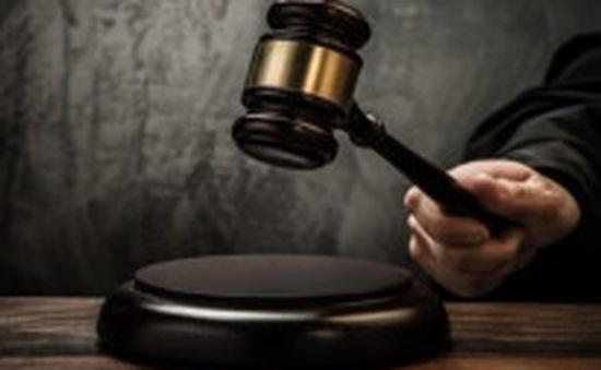 Đối tượng nước ngoài lĩnh 4 năm tù vì dâm ô trẻ em