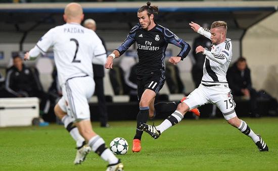 Bale mừng hợp đồng mới bằng bàn thắng lịch sử
