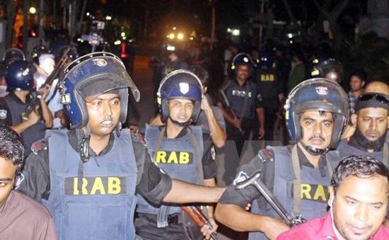 Bangladesh: Tiêu diệt 2 tay súng trong vụ tấn công quán cà phê ở Dhaka